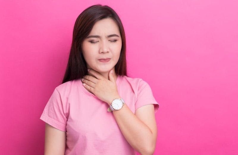 Cara Ampuh Atasi Tenggorokan Kering Atau Gatal