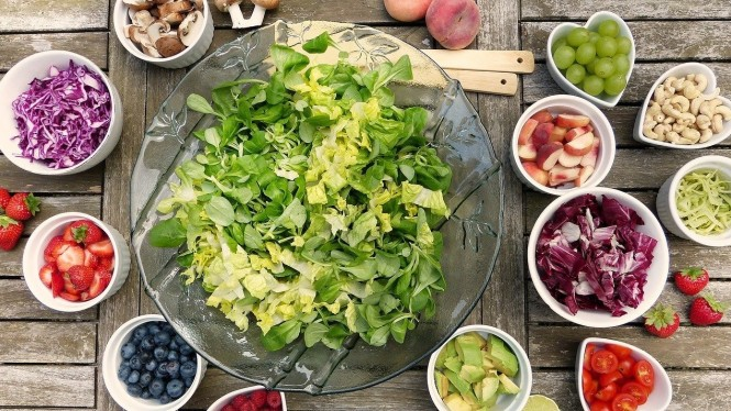 beberapa makanan sehat , bahaya jika salah mengkonsumsi nya berikut