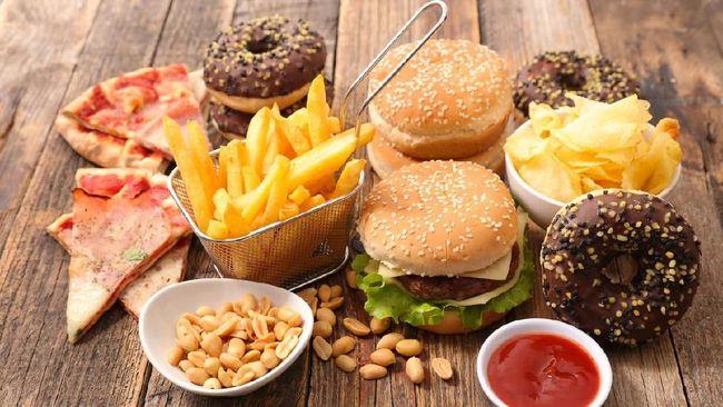 5 Makanan Yang Wajib Dihindari Saat Haid