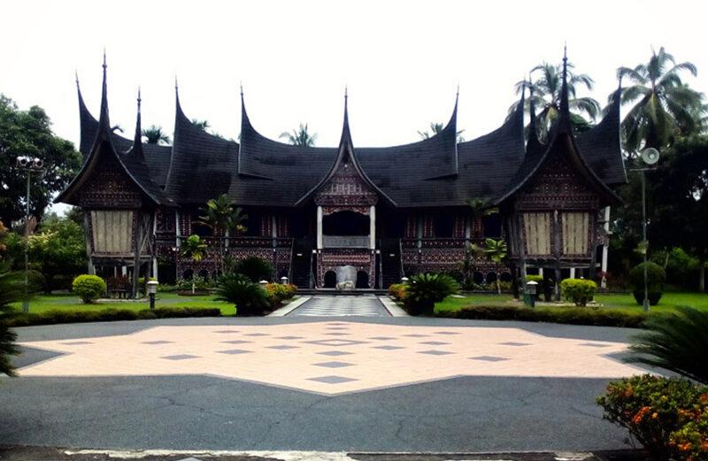 Destinasi Wisata Terbaik di Kabupaten Lima Puluh